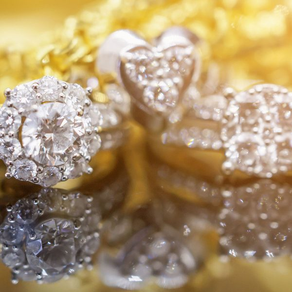 benjamin-co-custom-jewelry-gold-ring-collection-102439366