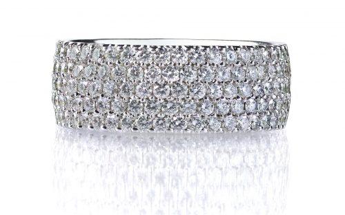 benjamin-co-custom-jewelry-gold-ring-diamond-2786429