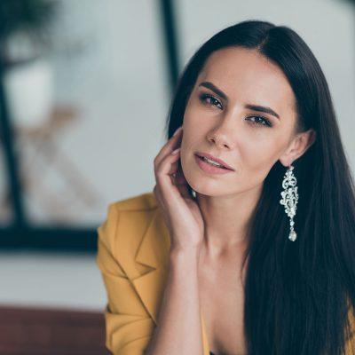 benjamin-co-custom-jewelry-woman-custom-gold-diamond-earrings-133698639
